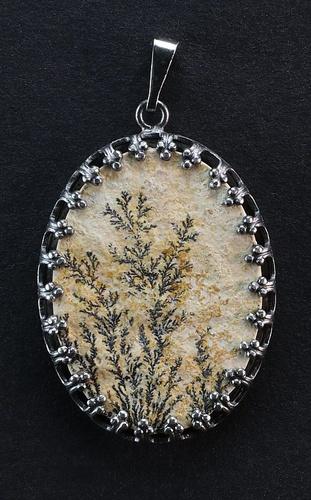 Dendritic Pendant, anthracite metal setting
