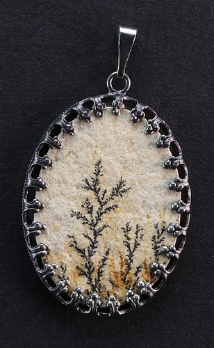 Dendritic Pendant, anthracite metal setting