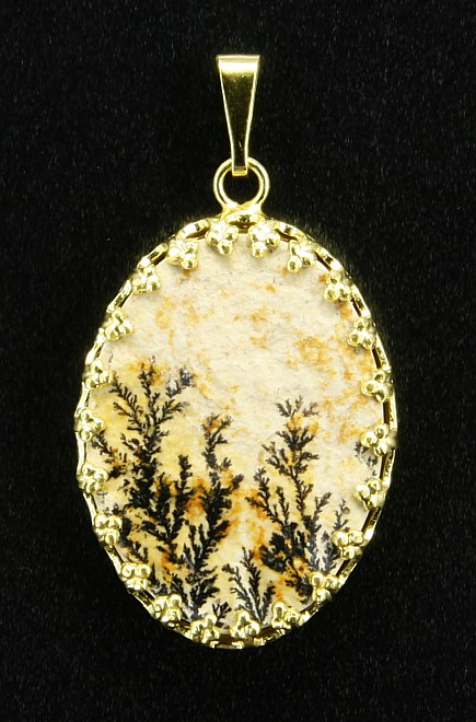 Dendritic Pendant, yellow metal setting