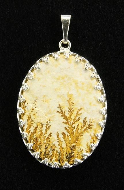 Dendritový přívěšek, bílý kov