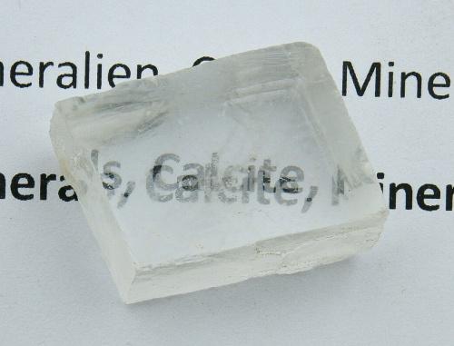 Kalcit,dvojlomný