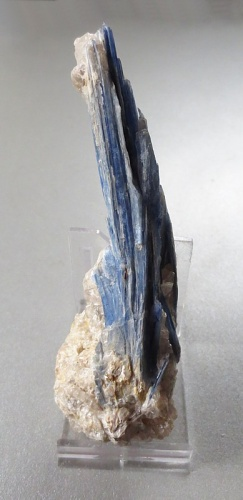 Kyanite (Distene)