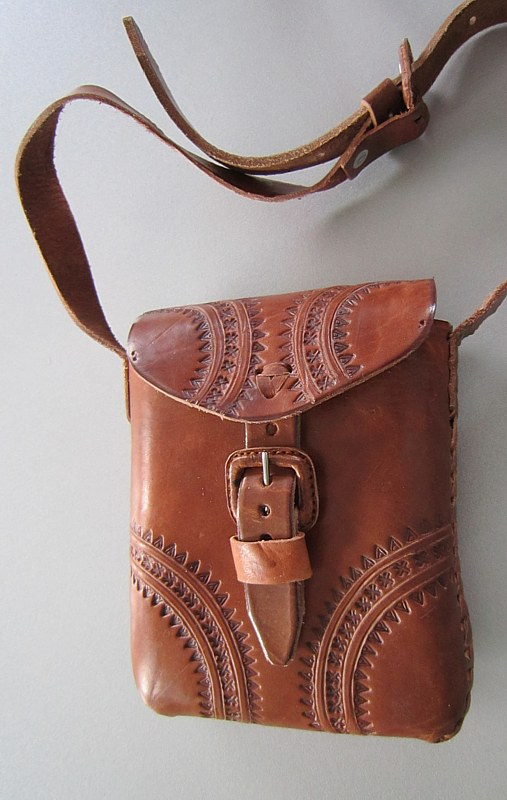 Small leather bag, decorated
