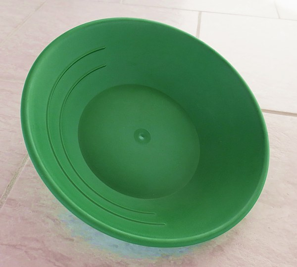Plastic Gold Pan, green, 25 cm