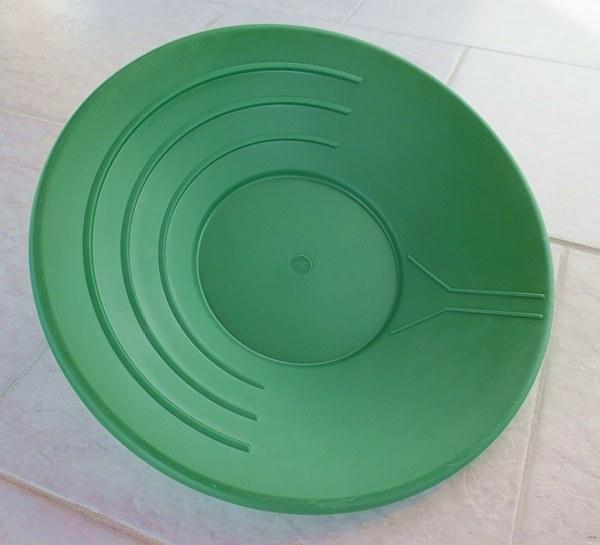 Zelená plastová rýžovací pánev 35 cm