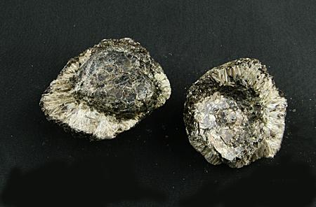 Heřmanovská koule s antofylitem