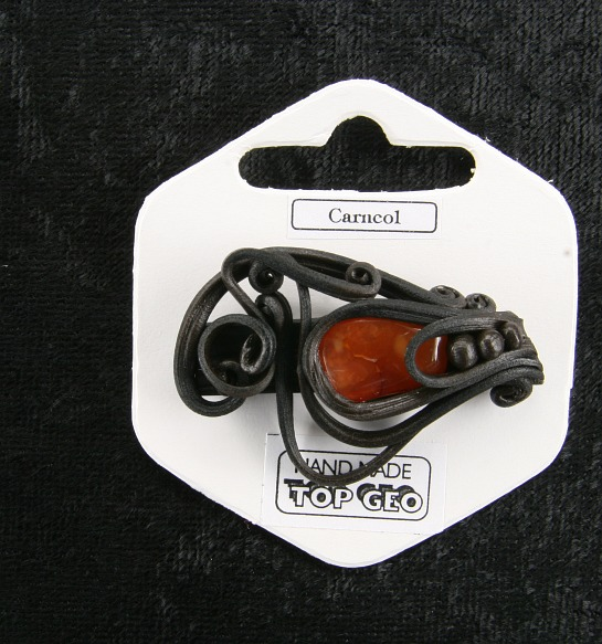 Lederlite brooch carneol