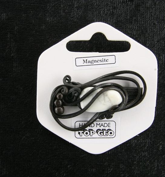 Lederlit Brosche   Magnesit