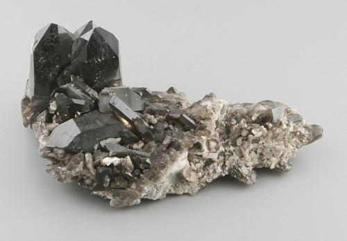 Morion - černá odrůda křemene (záhnědy)