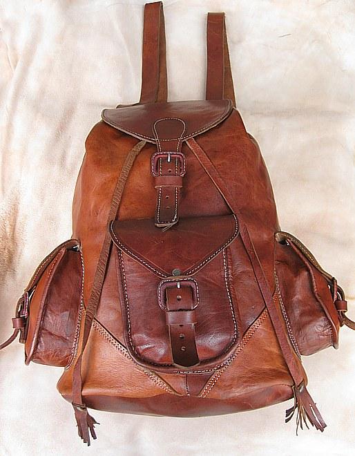 Rucksack aus Rindleder mit 3 Taschen