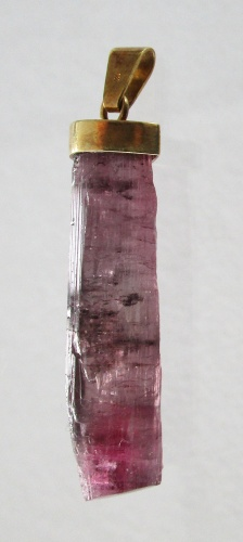 Turmalin violet, Goldanhänger 14 Karat Gold