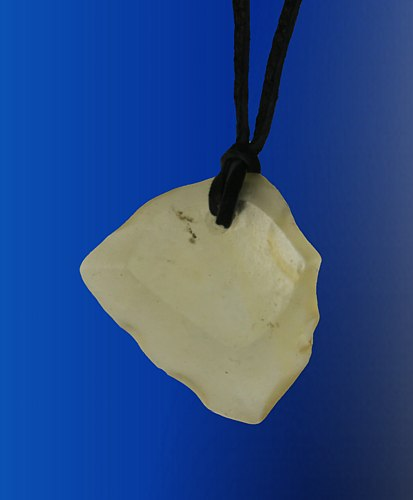 Pendant desert glass, leather cord
